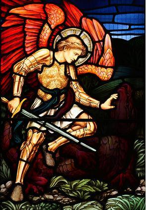 San Miguel Arcángel en batalla con la bestia