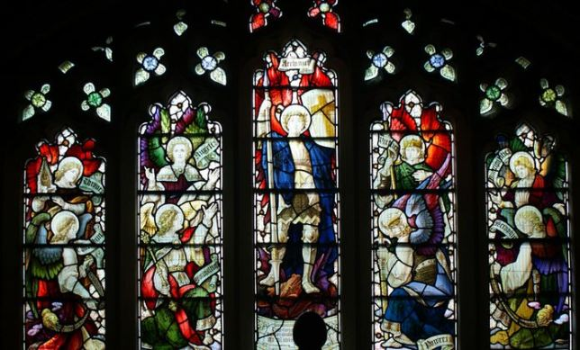 San Miguel Arcángel y las  9 órdenes de ángeles