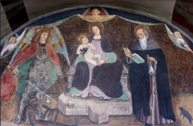 San Miguel Arcángel y la Virgen María