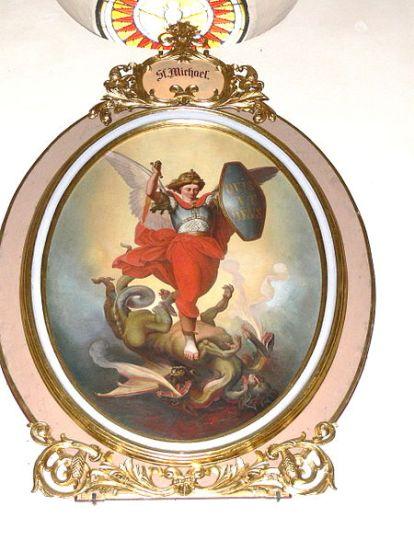 San Miguel Arcángel abatiendo al dragón