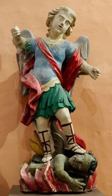 San Miguel Arcángel y el dragón 1