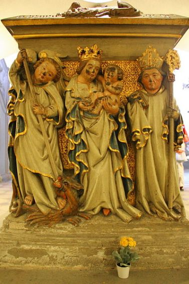 San Miguel Arcángel y el niño Jesús