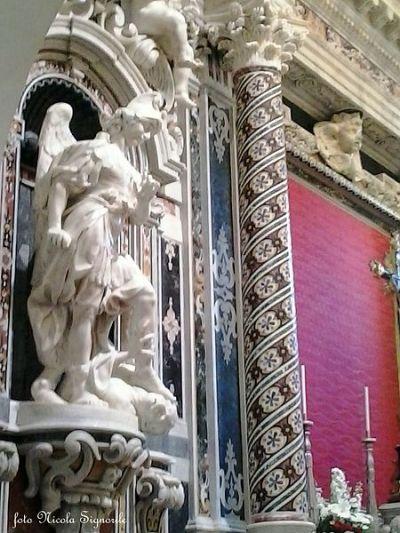 San Miguel Arcángel venciendo a Lucifer 2