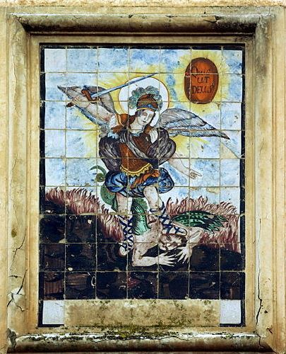 Arcángel Miguel derrotando a la bestia