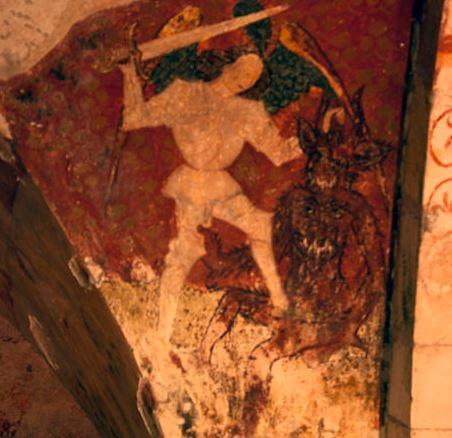 Fresco del Arcángel Miguel derrotando a Satanás