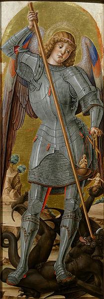 Miguel Arcángel con su espada y su balanza