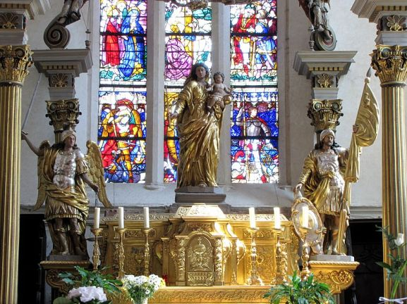 Miguel Arcángel y San Gangolphe custodiando a la Virgen y al niño