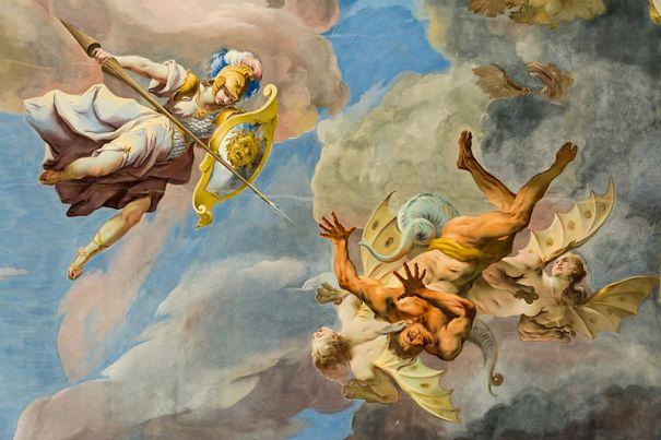 San Miguel luchando contra satanás en el cielo
