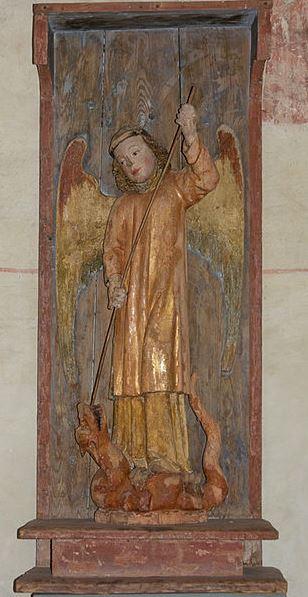 San Miguel derrotando al dragón