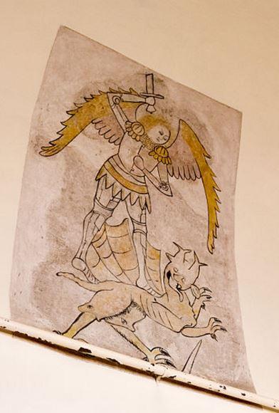 San Miguel luchando contra el dragón