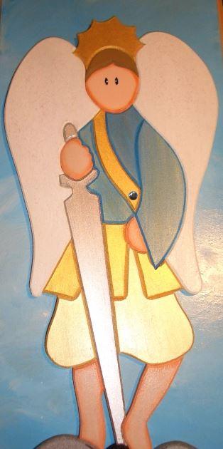 San Miguel Arcángel con su espada_1