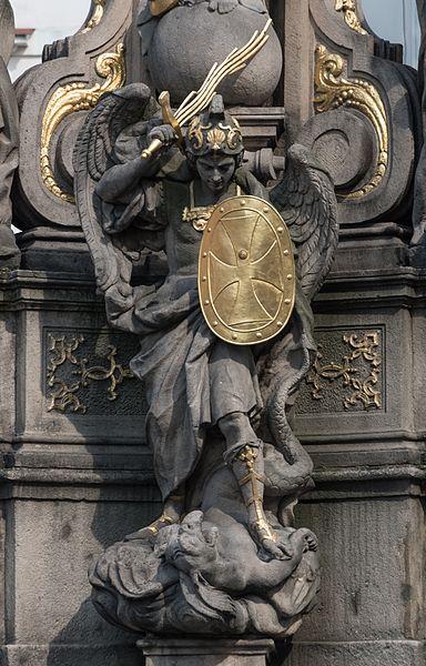 el-principe-celestial-derrotando-al-maligno
