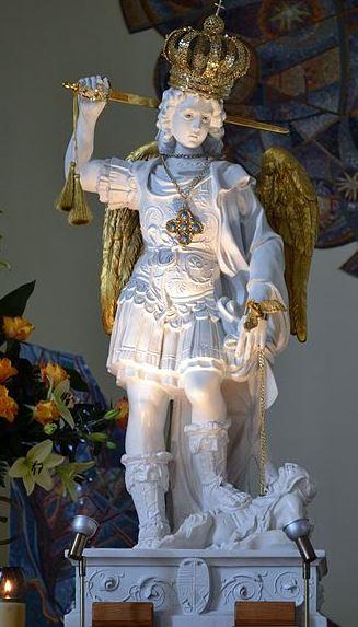 estatua-del-arcangel-miguel