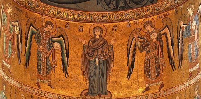 la-virgen-maria-con-los-4-arcangeles