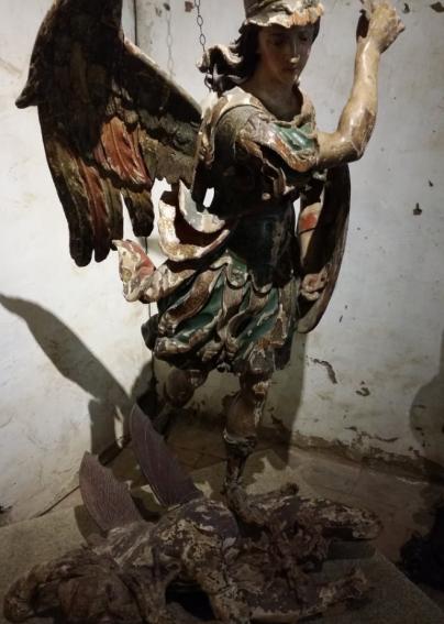arcangel-miguel-en-batalla