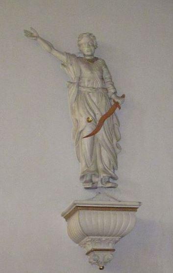 san-miguel-arcangel-con-su-espada_2